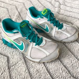 Women's Nike Reax Run Athletic Shoes